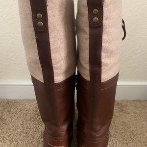 UGG Shoes - Elsa UGG Boots size 8
